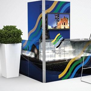 Konferencyjna ścianka reklamowa + stolik + krzesełko